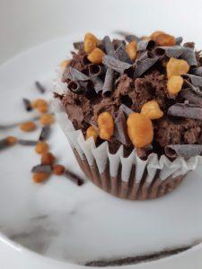 Glutenvrije en melkvrije kant en klare chocolade cupcake